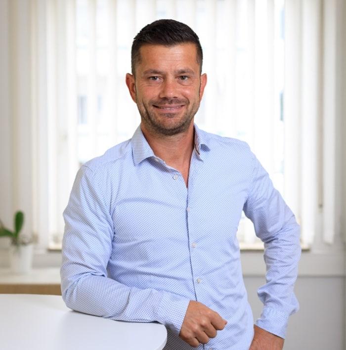 Samuel Simon, Geschäftsführer